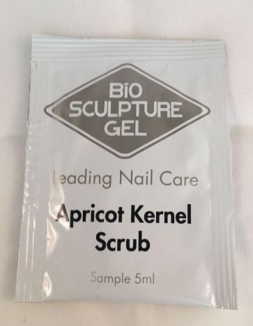5ml Apricot Kernel Scrub Sachet